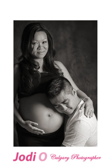 Calgary-Maternity-Photographer-17