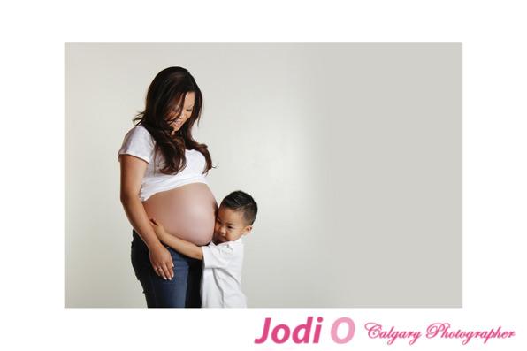 Calgary-Maternity-Photographer-3
