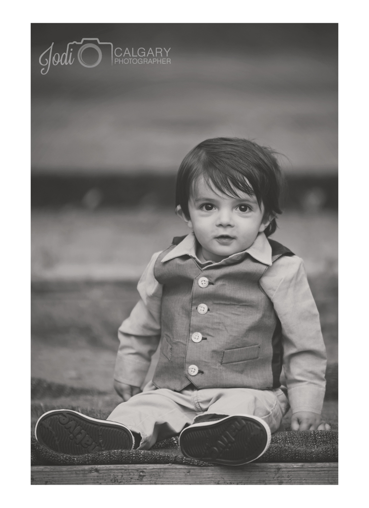 Calgary Fish Creek Family Photographer (3)